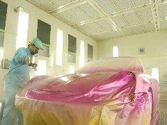 いざピンクのキャンディーカラー塗装!