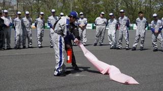 消火器訓練を実施